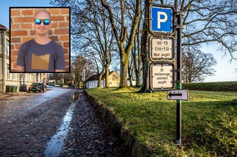 FEILPARKERT: Det var her i Gamlebyen at Allan Wold (innfelt) feilparkerte tidligere i år.