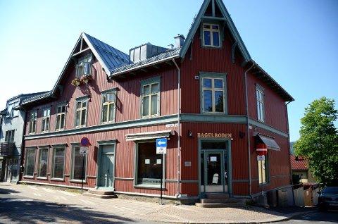 FLYTTER INN: Siden oktober i fjor har lokalene stått tomme, men nå vil en allerede etablert aktør i Storgata på Lillehammer flytte inn.