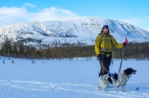 Robin Danielsen Langemyr fra Jæren, blir nytt fjelloppsyn i Lesja.  Her fra Sølen landskapsvernområde i Rendalen i februar i år.