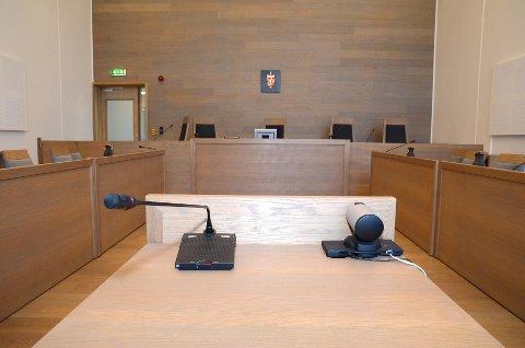 RETTSSAK: Mannen i 50-årene fra Gran kommune må møte i Gjøvik tingrett i februar i denne alvorlige overgrepssaken.