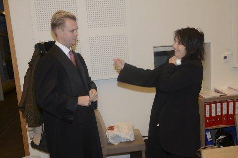 Bistandsadvokatene Bendik Støen Thoresen og Inger Marie Støen.