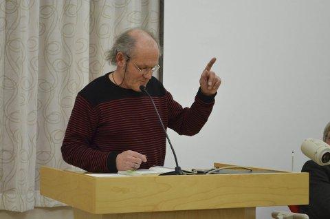 Flåseri: Stein Buan ber om pent vær.