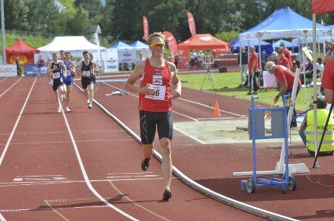 TIL FINALE: Johannes Bjertnæs fra Brandbu IF er klar for lørdagens finale på 1500 meter.