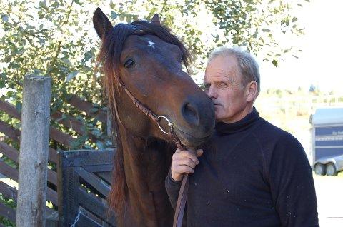 TEMAKVELD: Morten Antonsen inviterer til temakveld om utholdenhetstrening for hest.