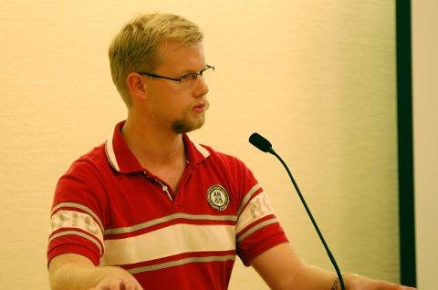 SPØR: Vemund Viken (Ap) har spørsmål om trafikksikkerheten ved Trintom skole.