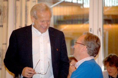 MÅ TÅLES: – Jeg vurderte og vurderer at kritikken ikke var skarpere enn at den må tåles, skriver ordfører Willy Westhagen (GB) om kritikken hans partifelle Morten Hagen (til høyre) retter mot Randi Eek Thorsen (Ap) i forrige kommunestyremøte.