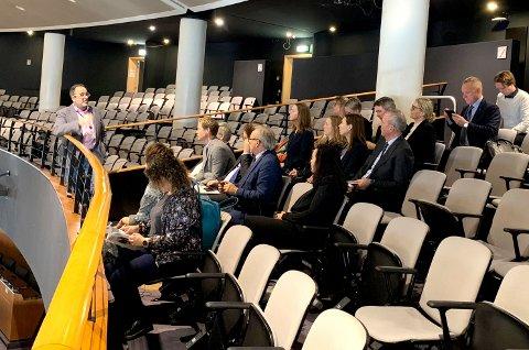 På tur: Regionrådet for Hadeland er på studietur i Brüssel. De ser blant annet på hvordan det kan søkes om EU-midler til tjenesteutvikling hjemme på Hadeland.