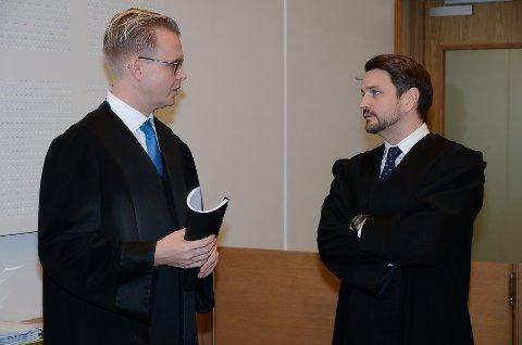 I TINGRETTEN: Bistandsadvokat Bendik Støen Thoresen (til venstre) og aktor Magnus Schartum-Hansen.
