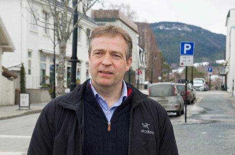 TØFT: -  Det har vært en knallhard overgang, og den har rammet spesielt hardt i området som ligger under Hønefoss politistasjonsdistrikt, sier polititjenestemann og Aps ordførerkandidat i Jevnaker, Morten Lafton, til VG.