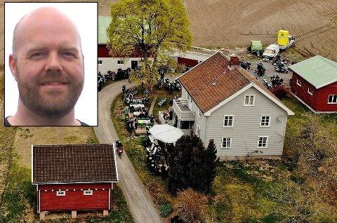 ENORM RESPONS: Hele 500 MC-folk dukket opp på gårdsplassen til Tommy Oppegaard 1. mai.