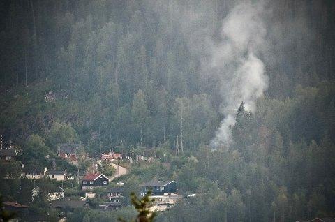 BRANN: Fredag kveld begynte det å brenne flere steder langs Gjøvikbanen.