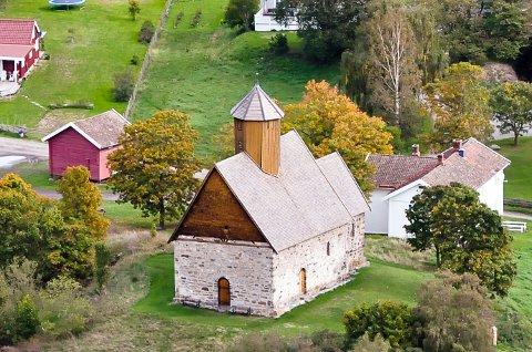 Jubilant: Gamle Tingelstad kirke er 800 år gammel. Bildet er tatt 15. september 2018.