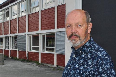 Spent på høsten: Rektor Arild Sandvik ved Harestua skole.