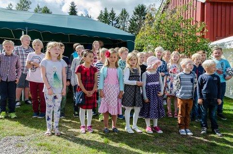 Prestebakke skole sang nydelig i kor for de som møtte opp
