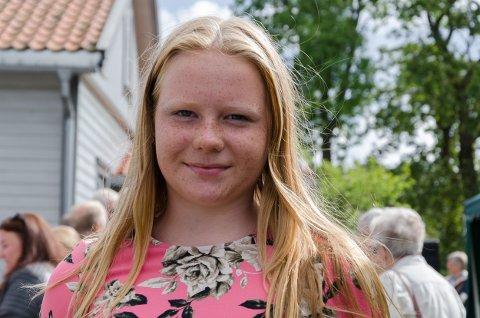 Tabita Kristine Gundersen Fredriksen(12) sang med Prestebakke skole på sensommerstevnet.
