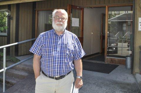 INFORMERER: Kommuneoverlege og legevaktsjef Halvard Bø sier at det er vanlig å være forkjølet om sommeren.