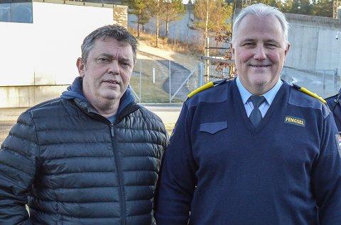 UENIGE: Trond Henriksen (t.v.) mener sedelighetsdømte må sone utenfor ordinære fengsler, mens direktør i Halden fengsel, Are Høidal, sier at de ikke har hatt noen problemer med at sedelighetsdømte soner sammen med øvrige fanger i Halden Fengsel.