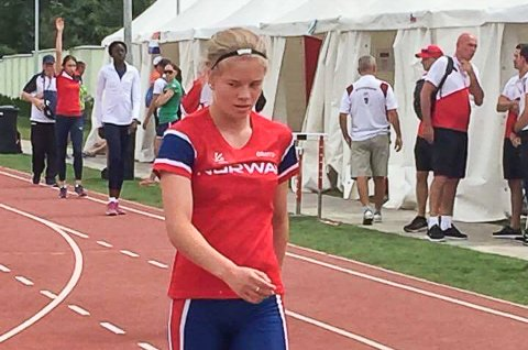 Karoline Jæger hoppet 11,76 meter i tresteg, og er klar for finalen i ungdoms-OL i Ungarn.