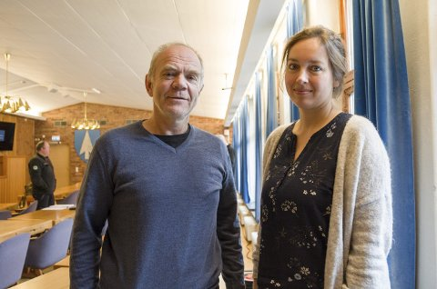 I odda: Eivind Brendehaug og Idun A. Husabø frå Vestlandsforskning hadde møte med mellom anna hjelpekorpsa og Trolltunga Active måndag.