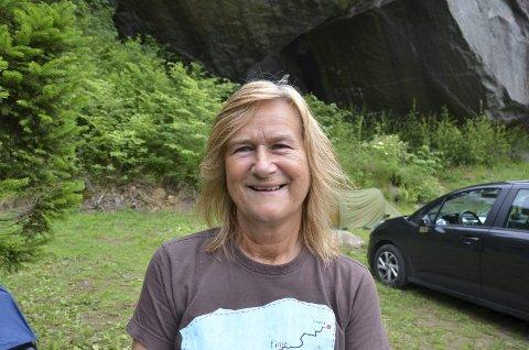Turistvertinna: Anna Bjørkevoll inngjekk i 2005 ein 40 år lang kontrakt med Odda kommune om areala der det er bygg.