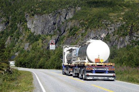 Riksveg 7: Sysendalen og riksveg 7 får truleg meir tungtrafikk når NSB-eigde CargoNet AS skal ha meir av godstrafikken over på vogntog, fordi dei vil kutta i ulønsame godstogruter.