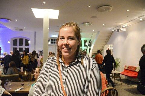 Silje Heidisdatter synest det er kjekt å få tips til å halda talar, og at det er viktig å handla lokalt.