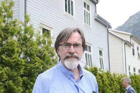 Advokat Johannes Romstad var med på rekonstruksjonen som «stand in» for kollega Thomas N. S. Nondal.