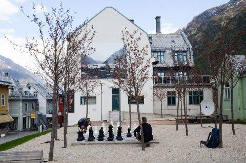 Denne uke inviterer Odda/Ullensvang Frivilligsentral til både utesjakk og Knudsensafari.