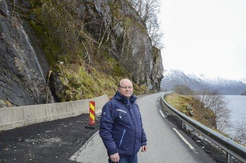Fekk støtte: Olav Magnus Hammer fekk full støtte frå Ullensvang kommunestyre i sine krav om utbetring av fylkesveg 49 mellom Nordre- og Austrepollen. Arkivfoto: Ernst Olsen
