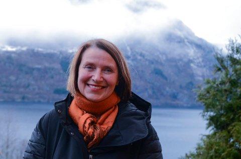 Kultursjef Else Marie Sandal orienterte onsdag politikarane om arbeidet med prosjektskissa for prosjektet med å gjere Ullensvang til friluftshovudstad.