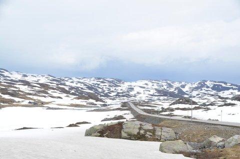 SNØ: Det varsles kulde og nedbør i fjellet. Her fra et område på Haukelifjell.