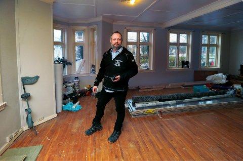 AVVIKLER: Kjell Gunnar Håvardsholm avvikler Haugesund Takspesialist AS og går tilbake til byggebransjen.