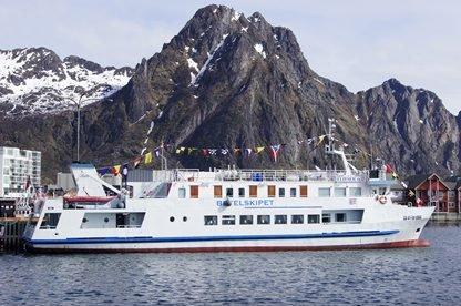 TIL HELGEland: Neste uke gjør MS «Elieser 6» strandhugg flere steder på Helgeland