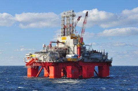 Transocean Spitsbergen har gjort nye olje- og gassfunn utenfor Helgelandskysten. Nå øker de leteaktiviteten ytterligere.
