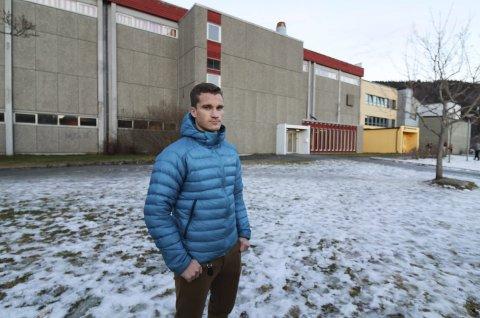 PROSJEKTGRUPPA: Joakim Finsås har frontet prosjektet Storhall i Vefsn fra starten. 17 idrettslag har gått sammen om å legge fram planer for flerbrukshall og storhall som de ønsker at Vefsn kommune og Nordland fylke skal bruke når nye Mosjøen videregående bygges.