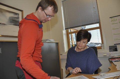 DUO: Daglig leder Svanhild Pedersen og presse- og informasjonsansvarlig Trond Anton Andersen i Finnmarksløpet.