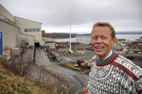 ET SKRITT NÆRMERE DRIFT: Styreleder i Sydvaranger gruve, Peter Steiness Larsen, sier at det er en stor dugnad som må til for å få gruven i drift igjen. Nå sparer gruva også 1,5 millioner i eiendomsskatt etter at formannskapet i kommunen har vedtatt å ettergi kravet.
