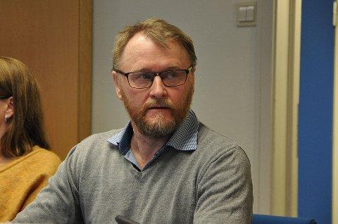 Ulf Trygve Ballo fra Finnmark Ap viser til at Stortinget i høst sto fast på vedtaket om sammenslåing og avviste i NRKs Politisk kvarter mandag at de vil «vise motstand» i arbeidet videre.