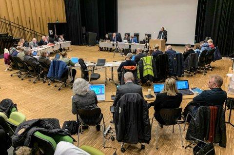 ENSTEMMIG: Det ble gjort enstemmig tiltak for et oppvekstsenter i Vestre Jakobselv.