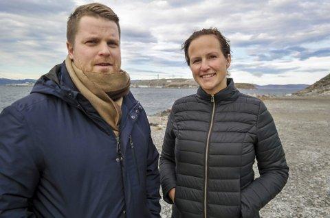 INVITERER: Tom Erik Lysmen Jakobsen og Equinors Ragnhild Rønning inviterer til teknologidag på Melkøya tirsdag 5. juni. Foto: Line Stensland Haglund