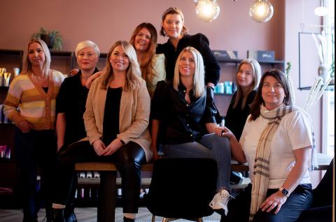 SJEFSKVINNER: Fra venstre: Lisa Skarsem Granås, Birgithe Marie, Anniken Fyhn Berg, Kristin Dankertsen, Ragnild Strøm-Willumsen, Susanne Frikstad, Therese Nordvik Opdal, Janne Vang.