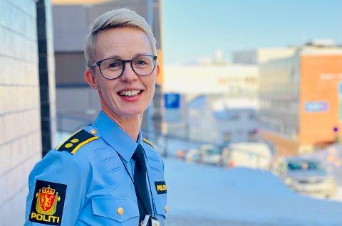 Heidi Hallesen Heggen sier at harstadværingene er raske til å ta kontakt for å be om hjelp eller varsle.