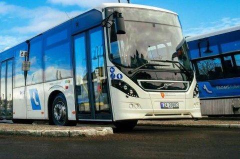 Boreal Buss AS er en av fire bedrifter i Harstad som kan bli rammet av streik til helga