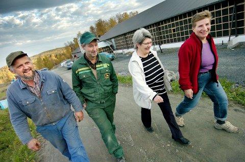 SLETTET: Mule Kylling SA, som fra venstre Arild Buran, Kjell Skjetnemark, Norunn Skjetnemark og Marit Kjønstad Buran etablerte i 2011 er avviklet og slettet.