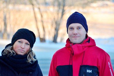 MELDER OM LITEN DRAMATIKK: Utekontaktene Tine Enger og Jan Petter Haugland i Aurskog-Høland. Foto: Øyvind Henningsen