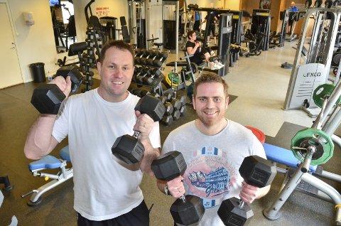 TRENINGSSTUDIO: Daglig leder Bjørn Ottesen (t.v.) og leder Jon Arne Bergersen i Høland IL er stolte over treningsstudioet, som gikk 450.000 kroner i pluss.