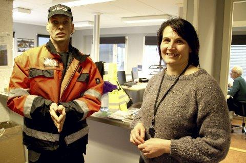 POSITIVT: Sjåfør Kjell Høiland synes det er bra at NOAH ved prosessjef Helene Moen setter i verk tiltak for å hindre mulig smitte. Foto: Lars Ivar Hordnes