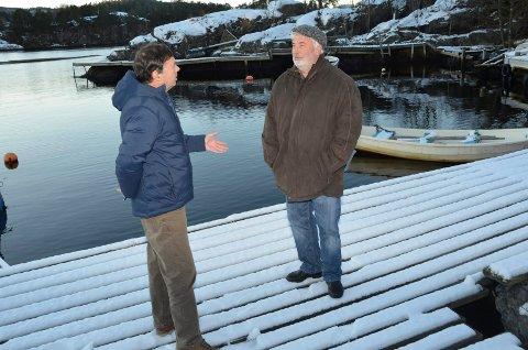 Stenger havna: Havnestyrets leder Øyvind Olsen forsvarer vedtaket om å stenge småbåthavna i Rørvik. – Slik den ligger, er det ikke sikkerhetsmessig forsvarlig, sier han.  – Det er uforståelig at havnevesenet vil ta båtplassene fra lokalbefolkningen i Rørvik, sier Geir Westhrin.