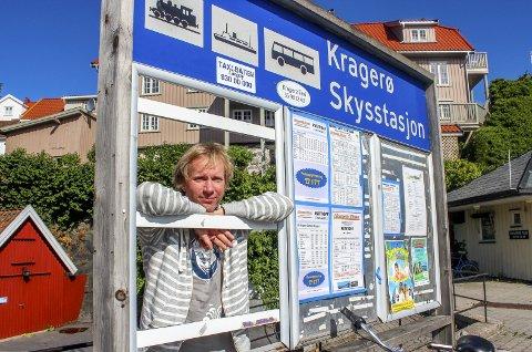 Ikke holdbart: Per-Erik Schulze synes kollektivtilbudet i Kragerø er en tragedie.