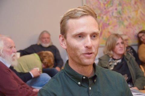 ENSTEMMIG: Utvalgsleder Thorbjørn Amundsen Sørheim (KrF) og resten av utvalget krever utredning av en skolestruktur som nå.